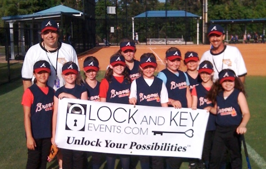 Lock And Key Events.com sponsors the Hollywood Hills Girls Softball Team